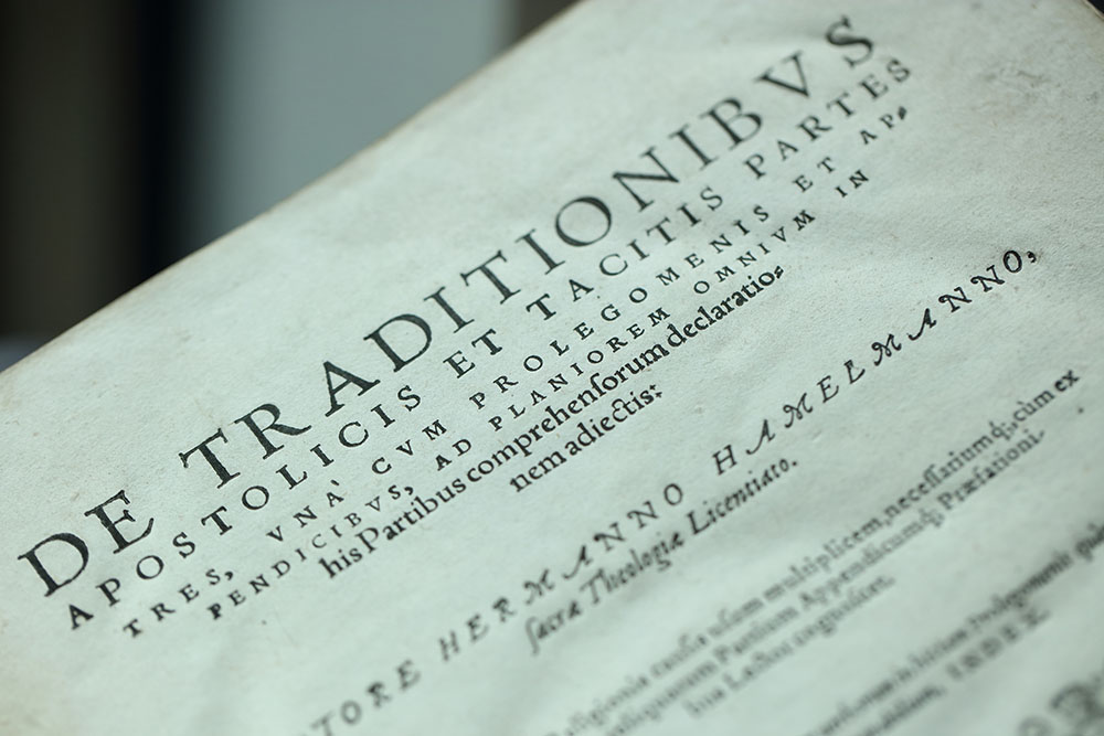 Portion of the title page of Q.2.6